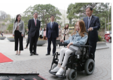 Vehicle for Disabled Students Introduced at SKKU